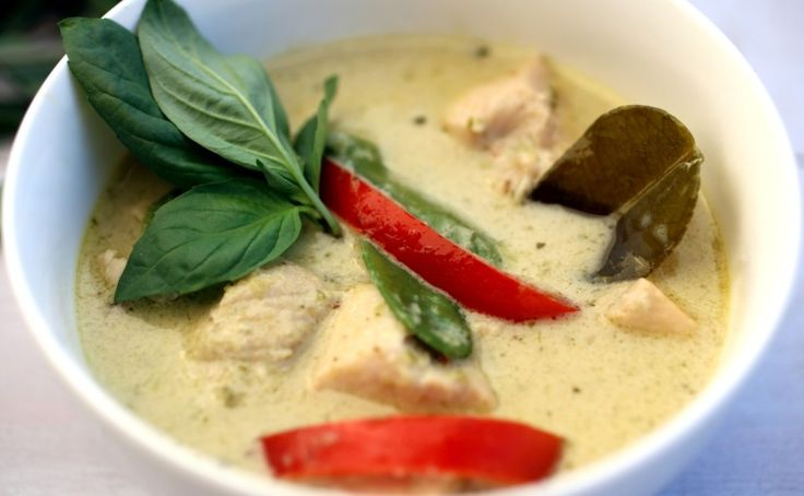 skinnymixer's Thai Green Chicken Curry - skinnymixers