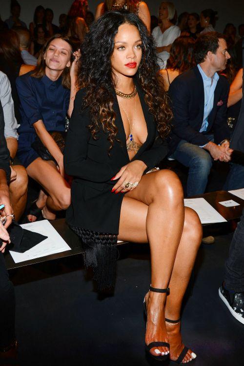 841fb2c60b7 Rihanna at Altuzarra Fashion Show at New York Fashion Week