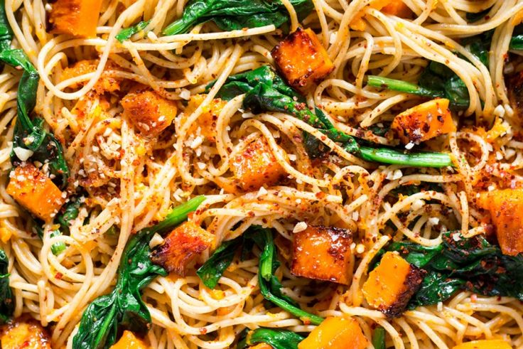 pumpkin spinach walnut spaghetti - lazy cat kitchen
