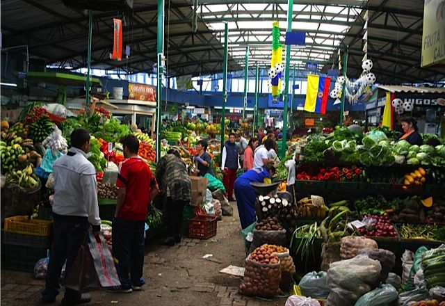 Uncover Colombia - Cooking Class Bogota Paloquemao Market