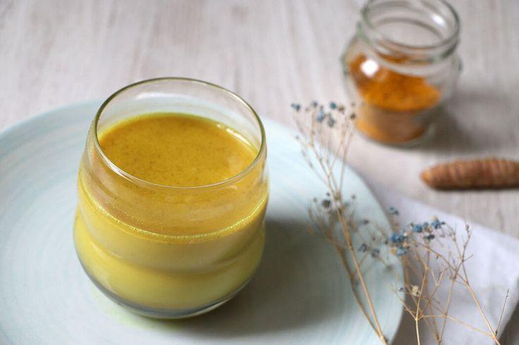 La mantequilla casera de cúrcuma es una receta saludable que nos sirve para remplazar la mantequilla tradicional. Descubre cómo prepararla.