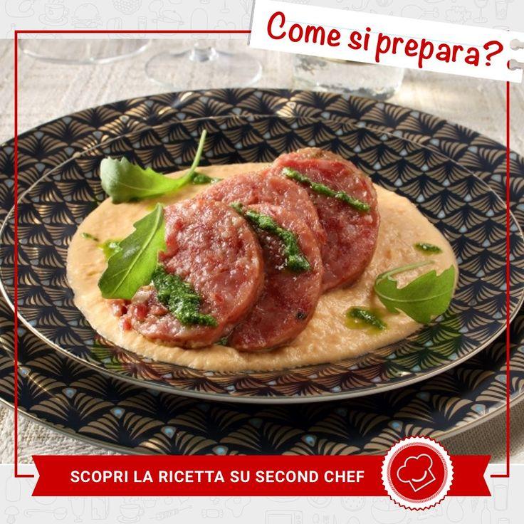 Per #Capodanno non può sicuramente mancare il Cotechino con patate e rucola di #Second_Chef!  INGREDIENTI: -Gran Padano - Burro -Pinoli -Sedano-Carota-Cipolla -Rucola -Latte -Cotechino -Patate dolci Per scoprire la #ricetta completa clicca qui http://rebrand.ly/cotechino  #incucinaconsecondchef  #lericettedisecondchef #ricette #eat #food