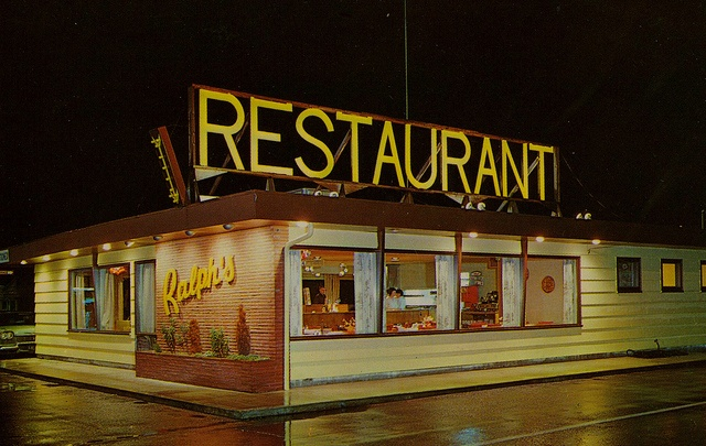 Ralph's Restaurant - Centralia, Washington by What Makes The Pie Shops Tick?, via Flickr