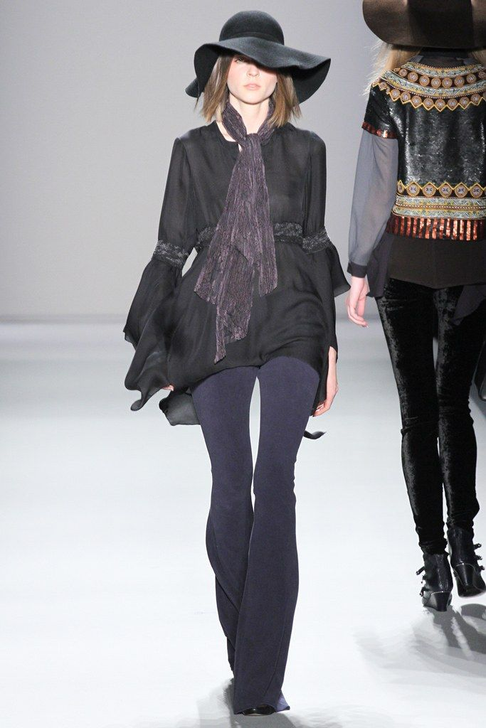 Nicole Miller Fall 2012 Ready to Wear Collection Photos   Vogue