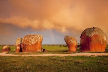 3-Day Taste of Eyre Peninsula Tour from Port Lincoln to Ceduna Including Swim with Sealions and Dolphins - Port Lincoln | Viator
