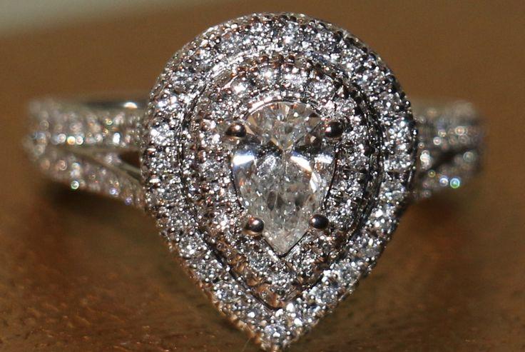 Diamond Ring With Diamonds On The Side