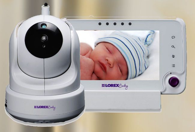 The amazing features of the Lorex Baby Monitor BB4325X Care 'N' Share make it one of the premier baby monitors on the market.