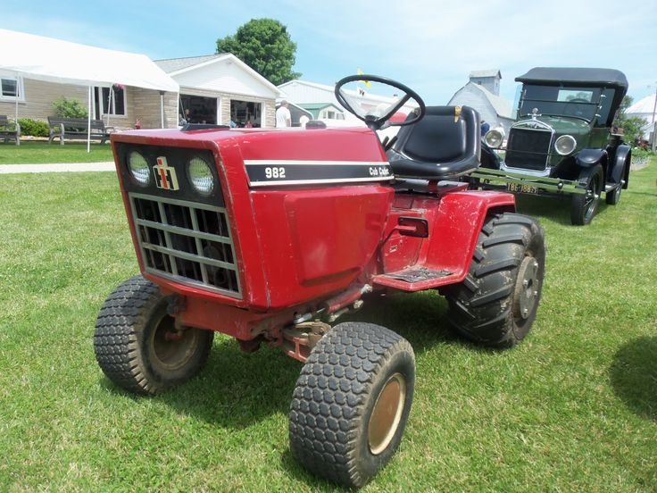 982 Cub Cadet Super Garden Tractor : International harvester cub cadet ih farmall