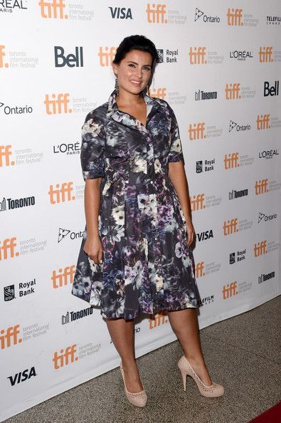 Good+Lie+Premiere+Arrivals+2014+Toronto+International+1x74KXrVqGAl.jpg (Obraz JPEG, 395×594 pikseli) - Skala (79%)