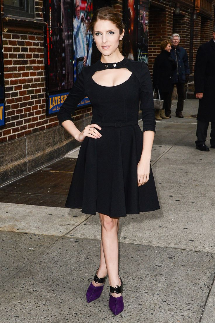 Anna Kendrick stuns in all black (with a pop of purple in her shoes!)