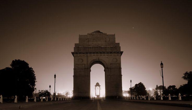Delhi Night Life - Gay India Tour, Gay Parties