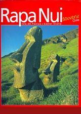 Este libro es acerca de Isla de Pascua, Rapa Nui (Isla Grande); Te Pito o Te Henua (el ombligo del mundo) o Mata Kiti te Ran-gui (los ojos que hablan al cielo). Sobre su Historia y sus Mitos, es decir, sobre la biografía colectiva y las creencias de su gente. Localización en biblioteca: 918.3168 G216r 2011