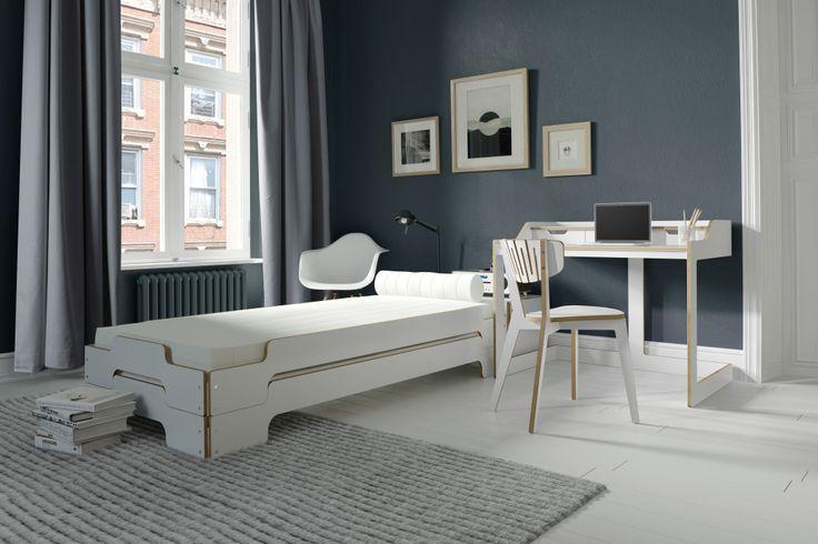 http://www.wohnwerk-berlin.com/products-page/betten/stappelliege-von-rolf-heide