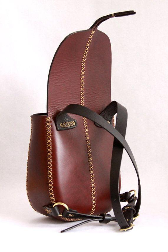 mini leather backpac...@SAMBorges采集到Leather(2756图)_花瓣手工/布艺