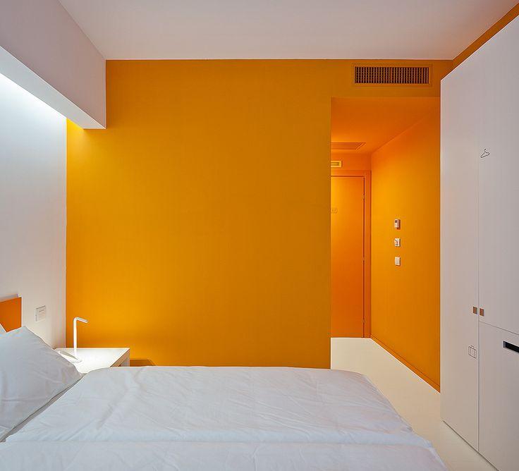 25 besten Small hotel rooms Bilder auf Pinterest Hotelzimmer - hotelzimmer design mit indirekter beleuchtung bilder