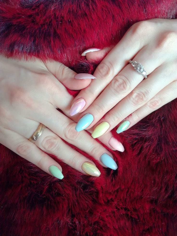 Kolorowe paznokcie idealne na lato 💙❤️💜💚 Nails full of colors, perfect for summer 2017 matt nails