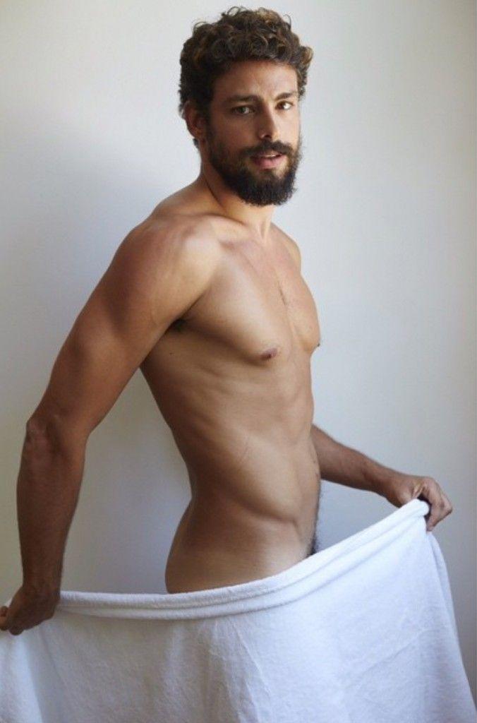 Towel Series - Caua Reymond
