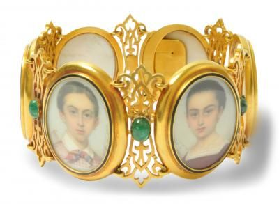 bracelet set with six portraits of children and emeralds1820