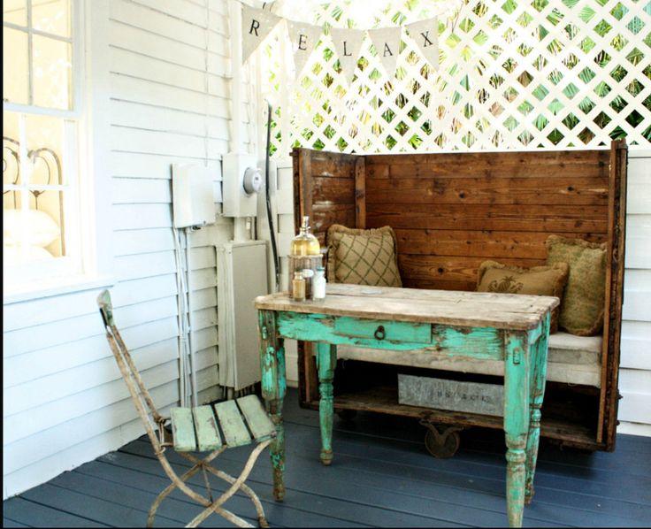 Vintage porch alcove