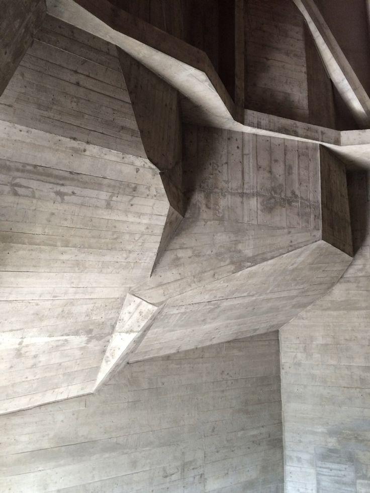 dornach goetheanum rudolf steiner cr dits photographiques matali crasset concrete hub. Black Bedroom Furniture Sets. Home Design Ideas