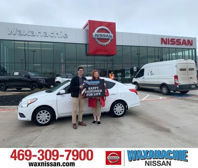 Sabrina Thomas I Always Buy My Cars From Waxahachie Nissan They Have Awesome Customer Service The Staff Is Friendly And Know Waxahachie New Cars Sales People