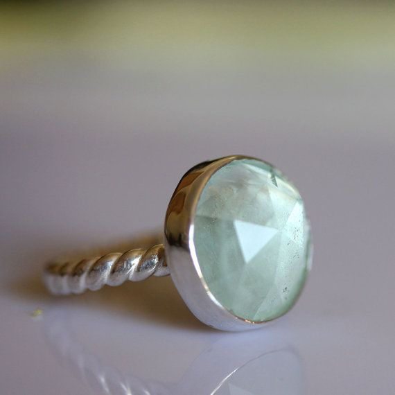 Cut aquamarine cocktail ring: Aquamarine Cocktails, Aquamarines Cocktails, Cut Aquamarine