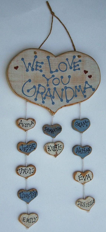 leuk cadeautje voor oma's verjaardag, in de vorm van een stamboom. alleen dan een stamhart met de kleinkinderen. Like!