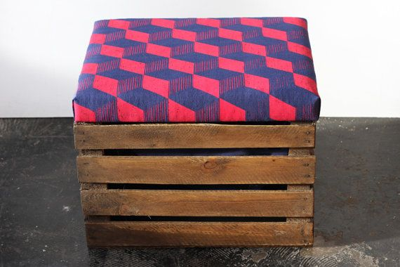 Upcycled Apple Crate Ottoman Fool stool/ storage box with hand screen printed royal blue linen fabric with pillar box red Cube print op Etsy, 186,78 €