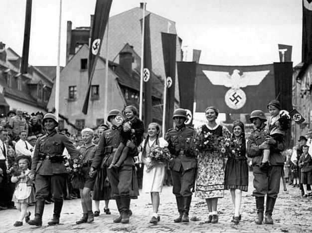 a history of the nazi holocaust in the world war two The holocaust was one of the most brutal episodes in world history steve paulsson explores the nazi racial policies that culminated in the extermination of millions of men, women and.