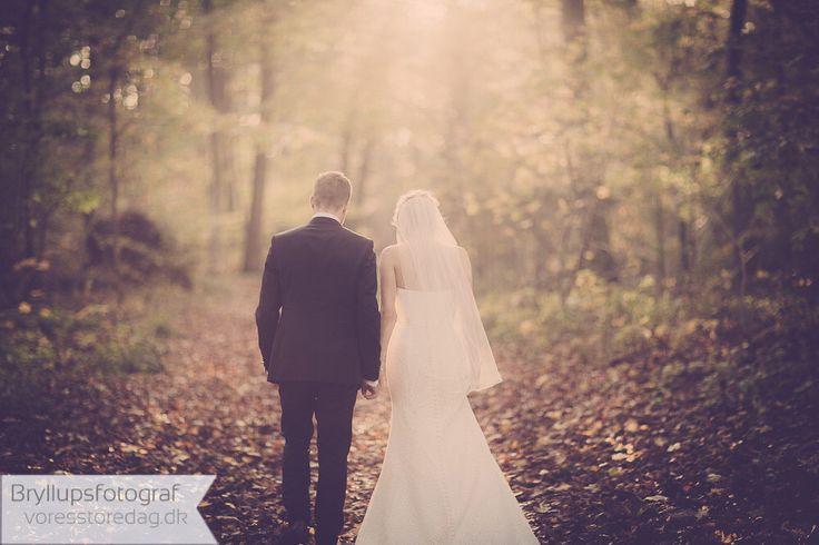 Efterårsbryllup - kreative og anerledes bryllupsbilleder ved fotografen VSD.