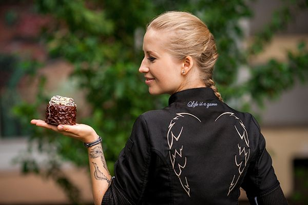 Nina Tarasova, Chef Patissier
