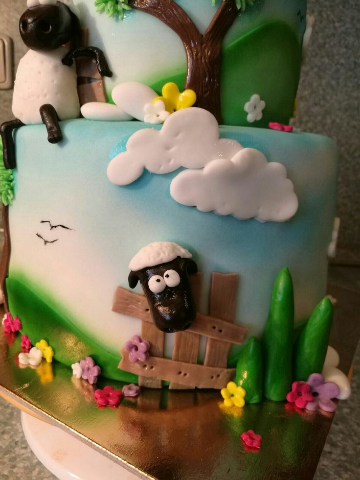 Shaun the sheep cake_detail 1