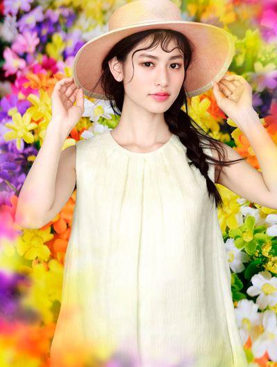 M / mika ninagawa x COSME contact 彩色日拋®「NADESHIKO COLOR」