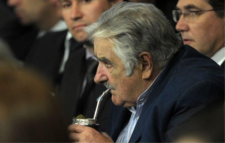El Presidente Uruguayo Mujica solicita a Paraguay producir yerba a gusto de los uruguayos http://www.clubdelmate.com/noticias/uruguay-pide-a-paraguay-yerba-mate.html