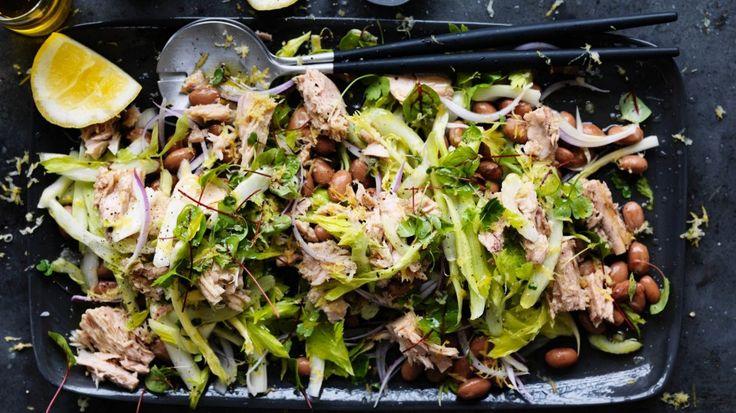 Christmas salad: Tuna, borlotti bean and red onion salad