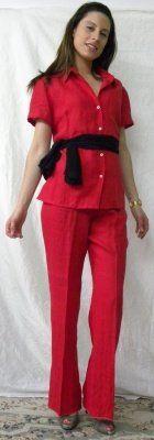 camicia e pantalone di lino rosso, disponibile varie taglie o su misura. Si prega di recarsi presso l'Atelier Lady R di Napoli per prendere le misure Made in Italy