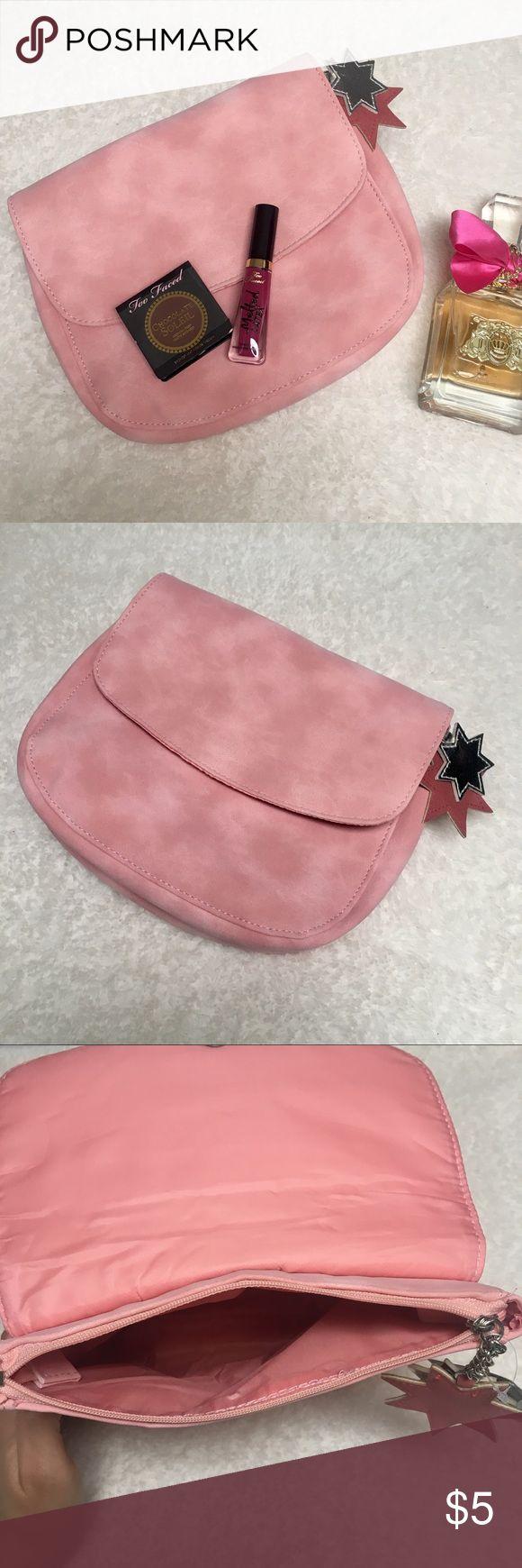 Makeup Bag Pink NWT Cute dusty pink makeup bag from Ulta