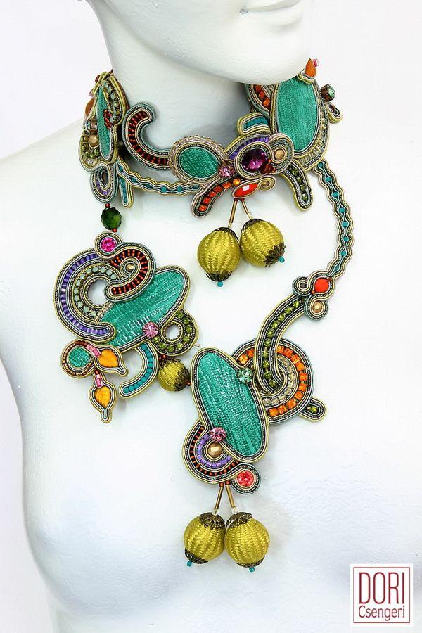 Napoli eclectic haute couture collar by Dori Csengeri #doricsengeri…