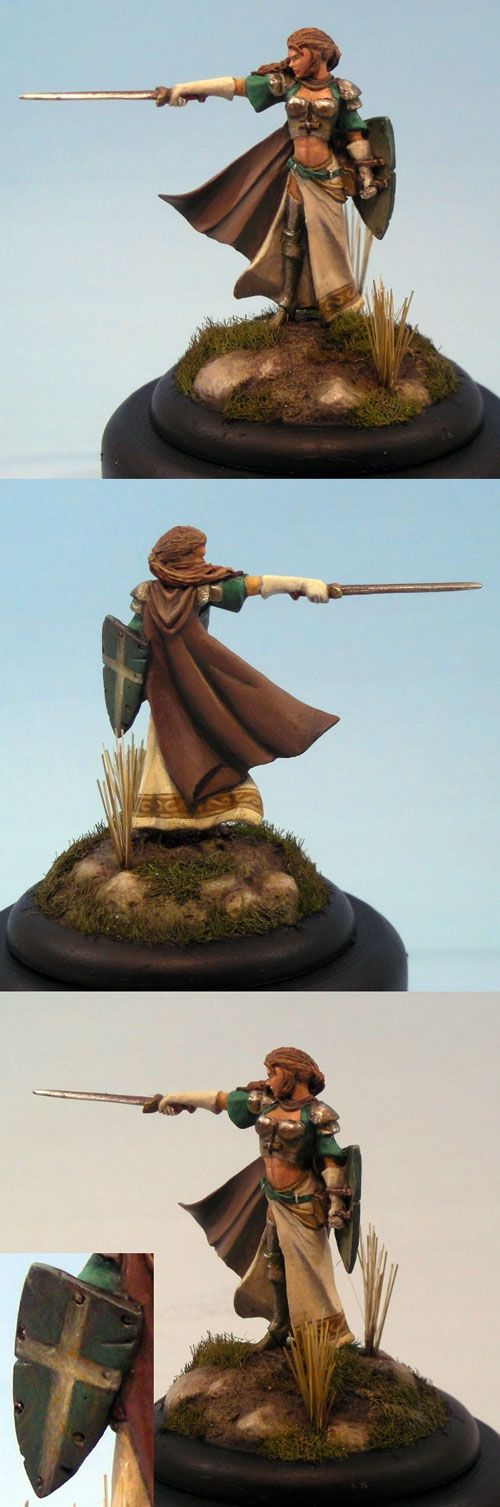 Female Warrior with Long Sword and Shield - Visions in Fantasy - Miniature Lines