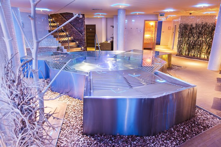 Original stainless steel whirlpool Imaginox. Be it a private whirlpool, or a whirlpool to be used in a hotel, we can always design and make everything so as to meet your wishes and requirements.