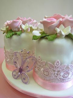 Mini Cakes. perfect for little girls