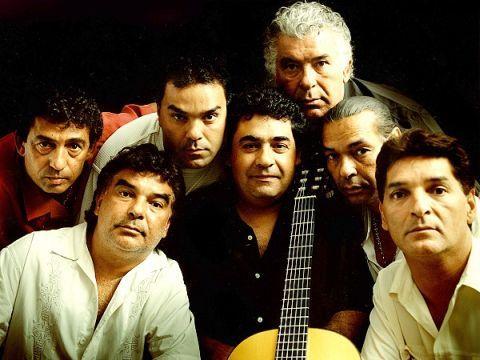 Gipsy Kings — французская музыкальная группа, играющая в стиле фламенко. Название коллектива обыгрывает национальность и фамилию основателей, цыган из династии Рэйес (буквальный перевод фамилии — «короли»).