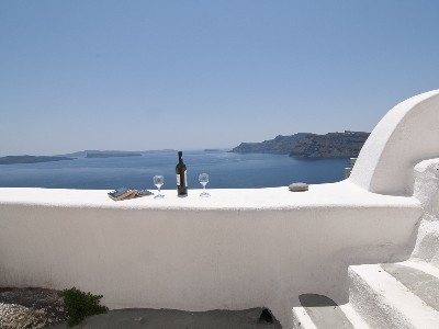 Oia Vacation Rental - VRBO 305089 - 1 BR Santorini Apartment in Greece, Cave Suite for up to 5 Persons on the Caldera with Sea Viiew
