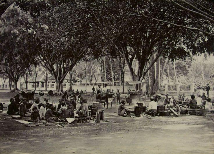 Aloon-Aloon Malang 1880-1900.