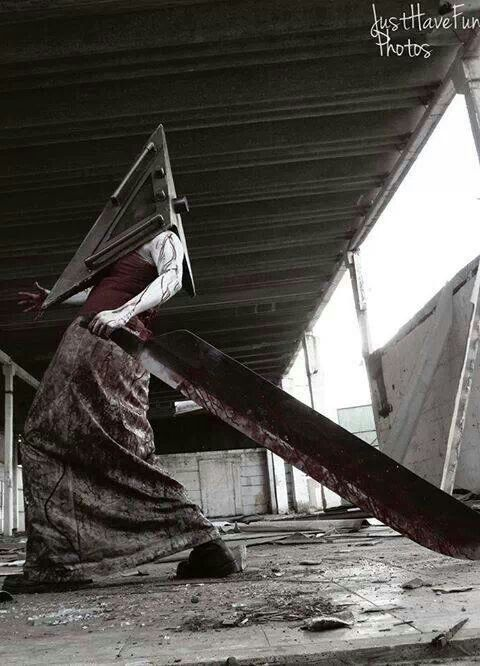 Character: Pyramid Head / From: Konami's 'Silent Hill' Video Game Series / Cosplayer: Unknown