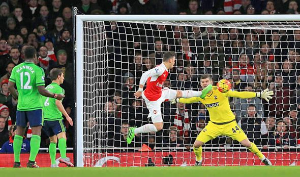 News News Blog: Arsenal 0 - Southampton 0: Gunners title hopes suffer blow after Fraser Forster stars