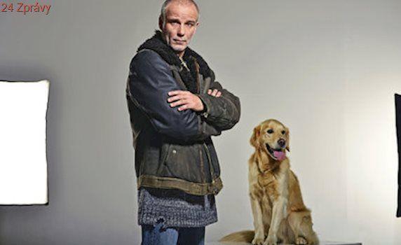 Nejlepší přítel Lukáše Vaculíka v seriálu Temný kraj! Víte, jak se hledá psí hvězda?
