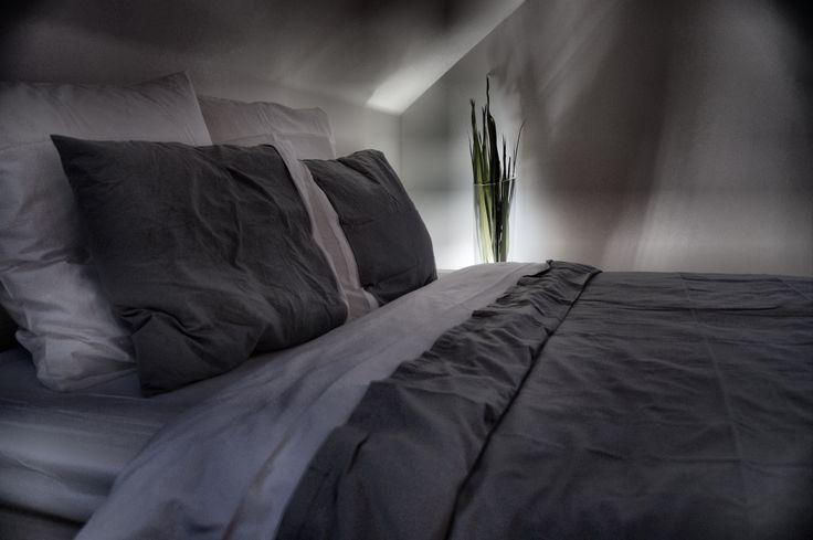Černobílá ložnice