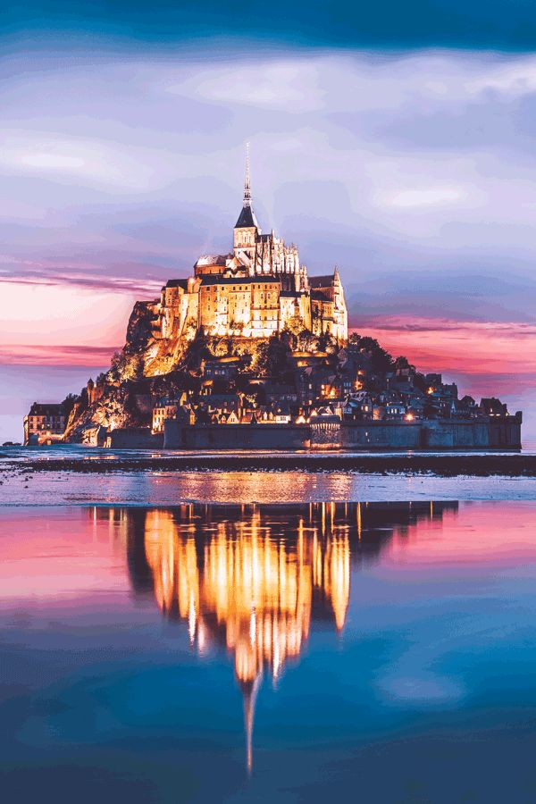 Le Mont Saint-Michel  #wanderlust #france #traveltips #europe #bucketlist #travel #villages #travelmore #castles  #traveling #roadtrip #beautifultraveldestinations