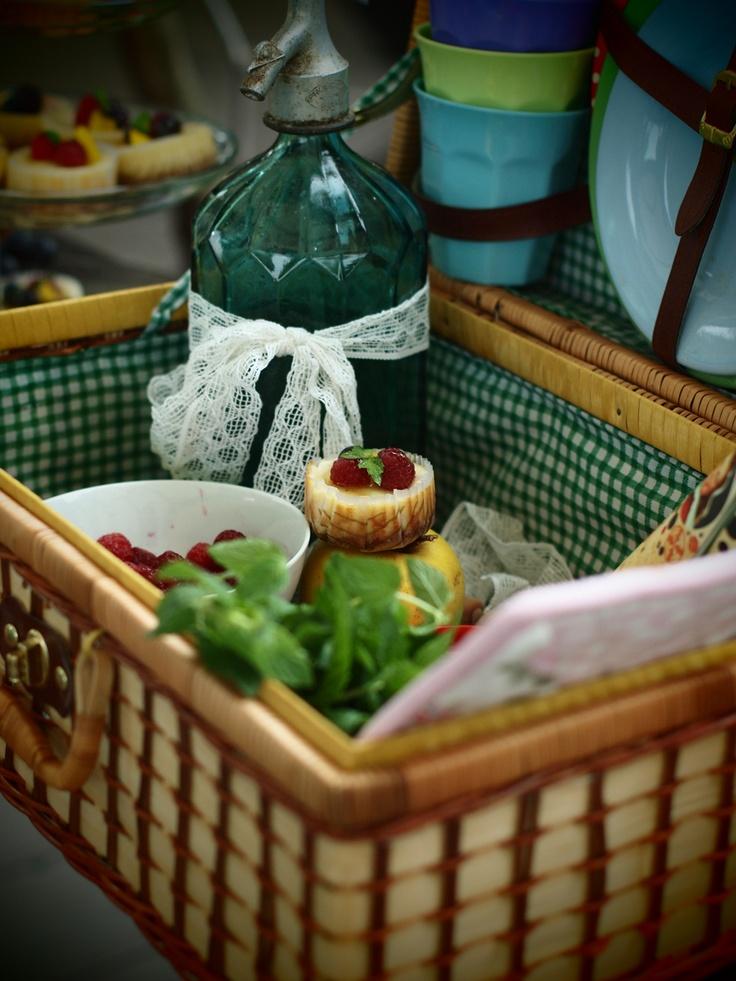 picnic minicheesecakes